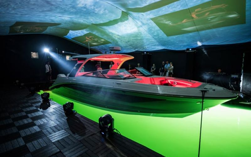 Sea Ray Boats & Yachts - SLXR Product Introduction
